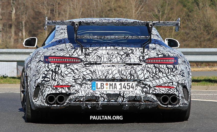 SPYSHOTS: Mercedes-AMG GT Black Series – more aggressive aero, 700 hp/750 Nm; flat-crank engine? Image #1099401