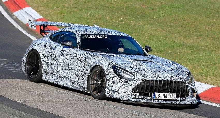 SPYSHOTS: Mercedes-AMG GT Black Series – more aggressive aero, 700 hp/750 Nm; flat-crank engine? Image #1099398