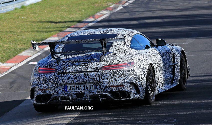 SPYSHOTS: Mercedes-AMG GT Black Series – more aggressive aero, 700 hp/750 Nm; flat-crank engine? Image #1099392