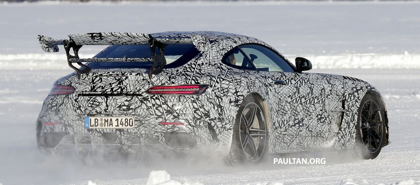 SPYSHOTS: Mercedes-AMG GT Black Series – more aggressive aero, 700 hp/750 Nm; flat-crank engine? Image #1099382