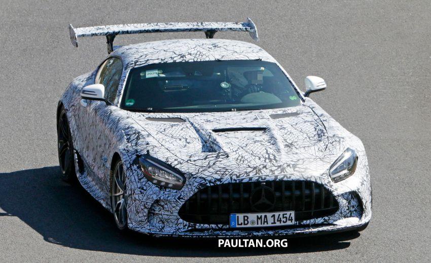 SPYSHOTS: Mercedes-AMG GT Black Series – more aggressive aero, 700 hp/750 Nm; flat-crank engine? Image #1099379