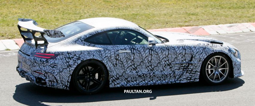 SPYSHOTS: Mercedes-AMG GT Black Series – more aggressive aero, 700 hp/750 Nm; flat-crank engine? Image #1099373