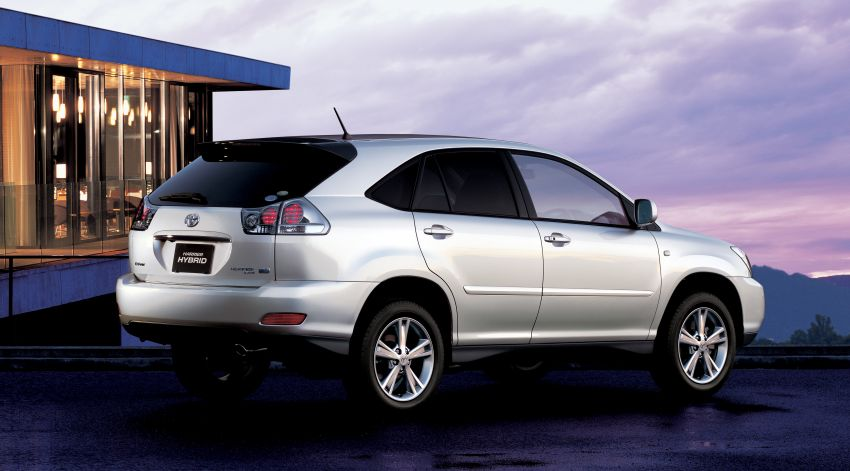 GALLERY: Four generations of the Toyota Harrier SUV Image #1106675