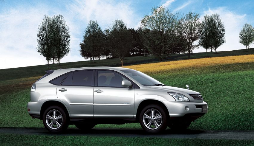 GALLERY: Four generations of the Toyota Harrier SUV Image #1106678