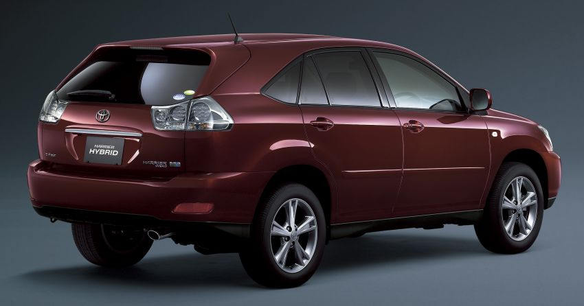 GALLERY: Four generations of the Toyota Harrier SUV Image #1106479