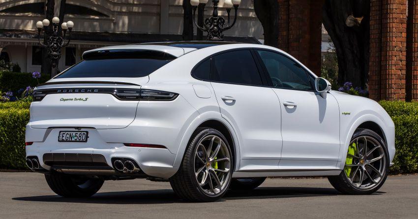 Porsche sold 53,125 cars in Q1 2020 – a 5% drop vs '19 Image #1109490