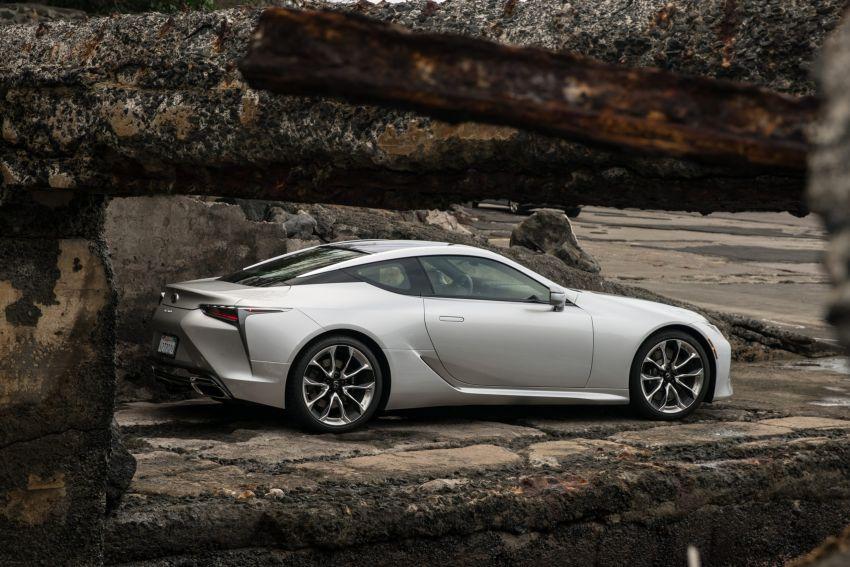 2021 Lexus LC gets suspension tweaks, 10 kg lighter Image #1104837