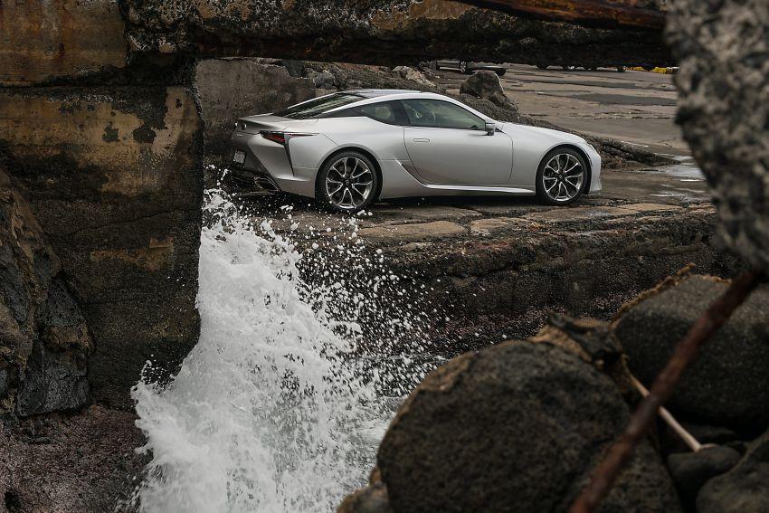2021 Lexus LC gets suspension tweaks, 10 kg lighter Image #1104850