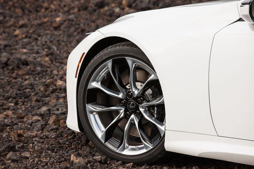2021 Lexus LC gets suspension tweaks, 10 kg lighter Image #1104864