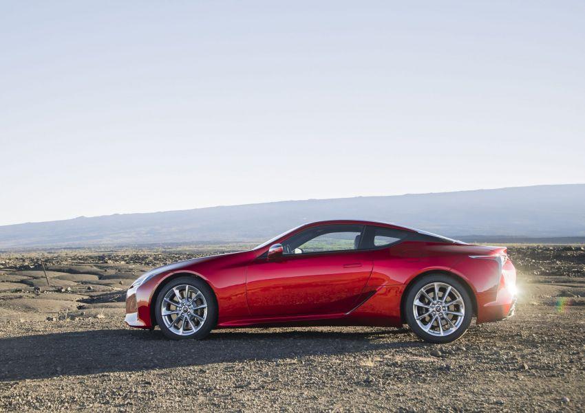 2021 Lexus LC gets suspension tweaks, 10 kg lighter Image #1104839