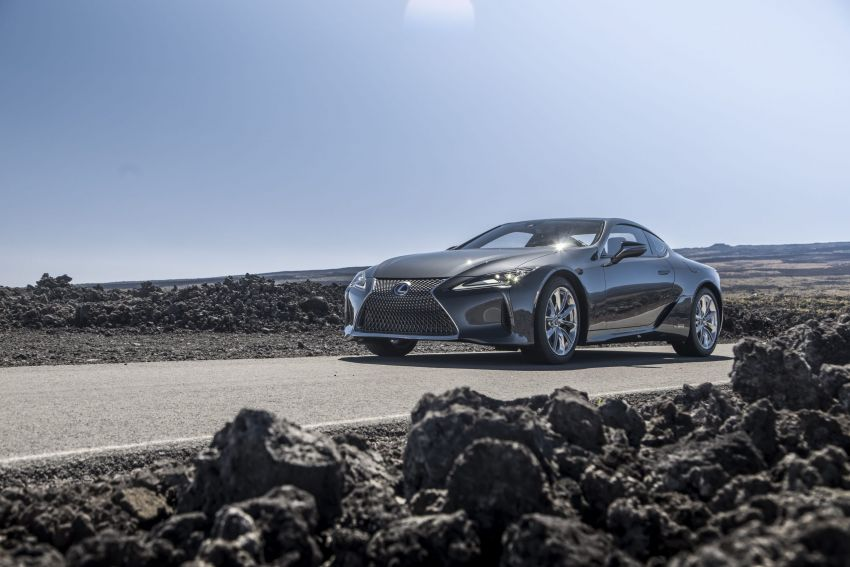 2021 Lexus LC gets suspension tweaks, 10 kg lighter Image #1104885