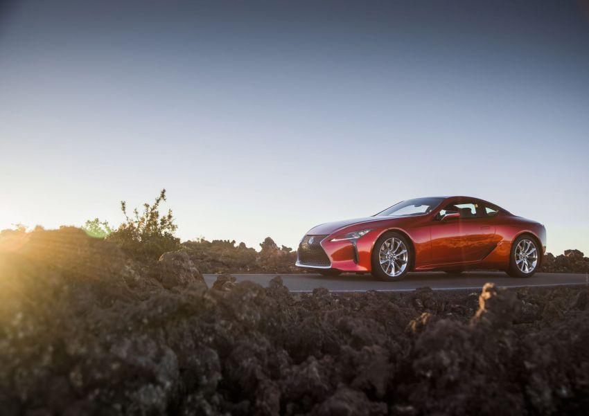 2021 Lexus LC gets suspension tweaks, 10 kg lighter Image #1104845