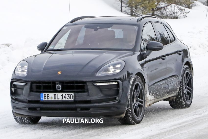 SPYSHOTS: 2022 Porsche Macan petrol – first images Image #1104167