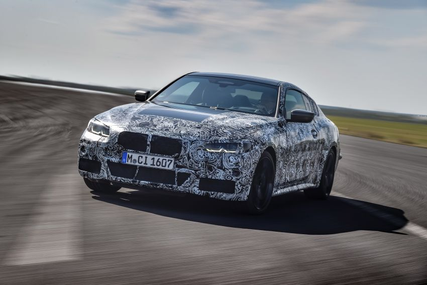 G22 BMW 4 Series Coupe officially teased – M440i xDrive to lead the range with 374 PS, mild hybrid tech Image #1112687
