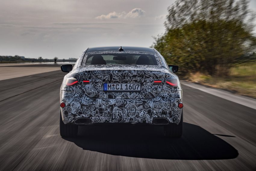 G22 BMW 4 Series Coupe officially teased – M440i xDrive to lead the range with 374 PS, mild hybrid tech Image #1112699
