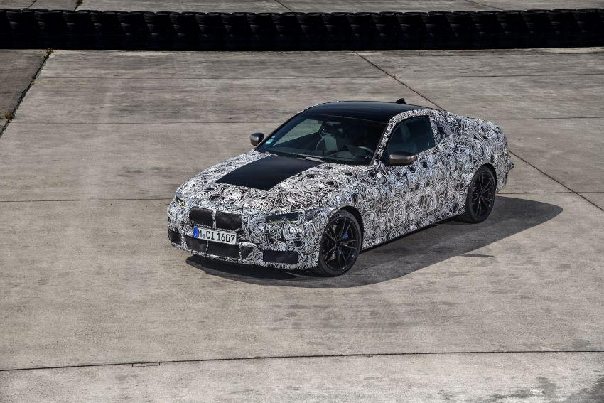 BMW 4 Series Coupe G22 – perincian awal didedahkan Image #1112804