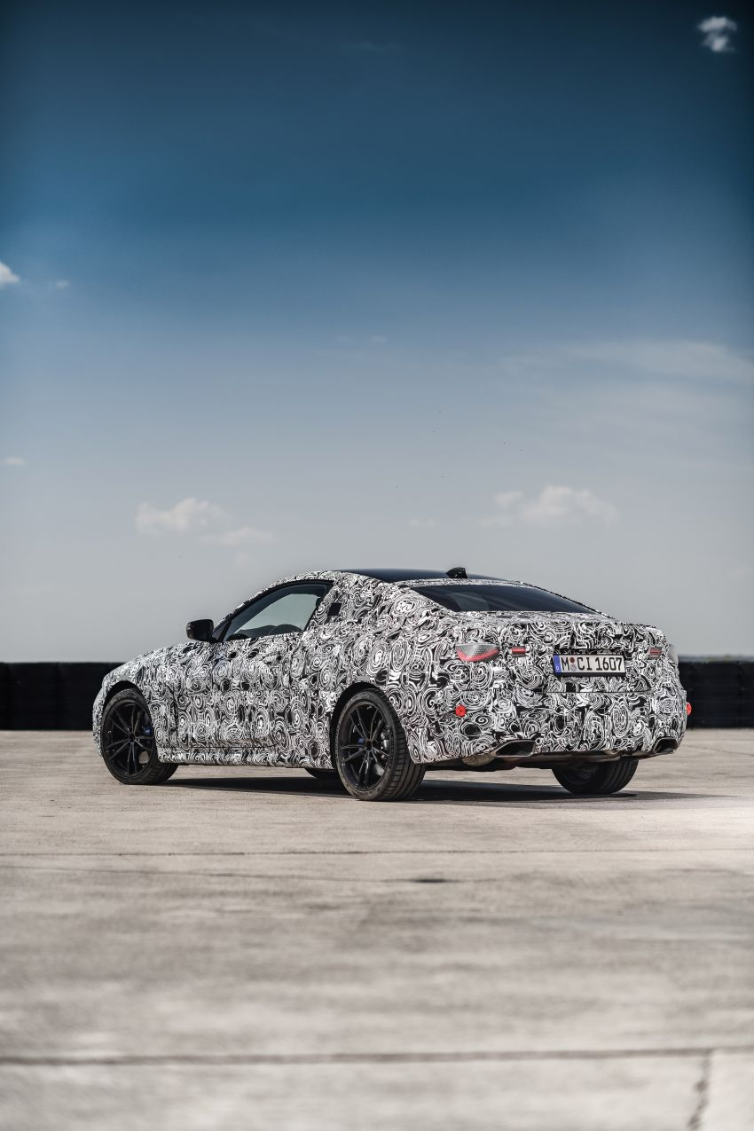 G22 BMW 4 Series Coupe officially teased – M440i xDrive to lead the range with 374 PS, mild hybrid tech Image #1112711