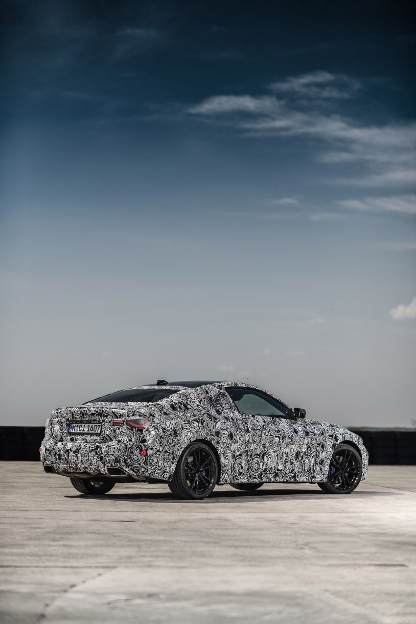 G22 BMW 4 Series Coupe officially teased – M440i xDrive to lead the range with 374 PS, mild hybrid tech Image #1112715