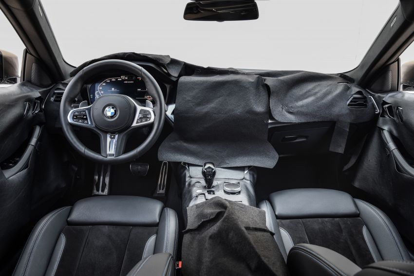 G22 BMW 4 Series Coupe officially teased – M440i xDrive to lead the range with 374 PS, mild hybrid tech Image #1112725