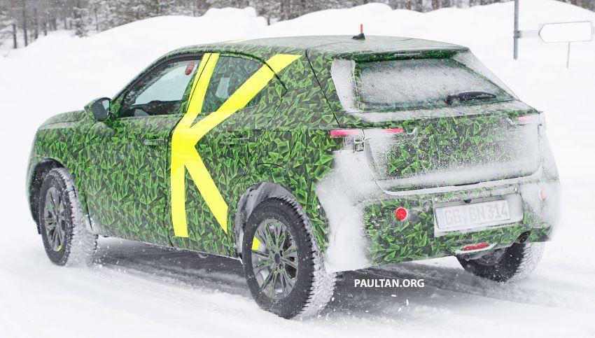 2021 Vauxhall Mokka teased; full EV variant from debut Image #1111700