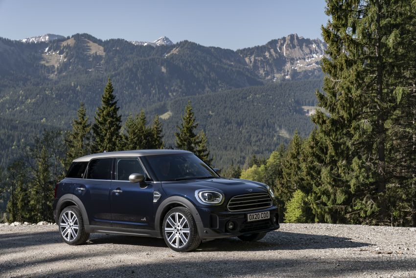 2020 F60 MINI Countryman facelift – cleaner engines, more standard kit, new displays, black exterior trim Image #1122008