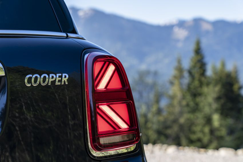2020 F60 MINI Countryman facelift – cleaner engines, more standard kit, new displays, black exterior trim Image #1122020