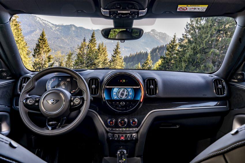 2020 F60 MINI Countryman facelift – cleaner engines, more standard kit, new displays, black exterior trim Image #1122033