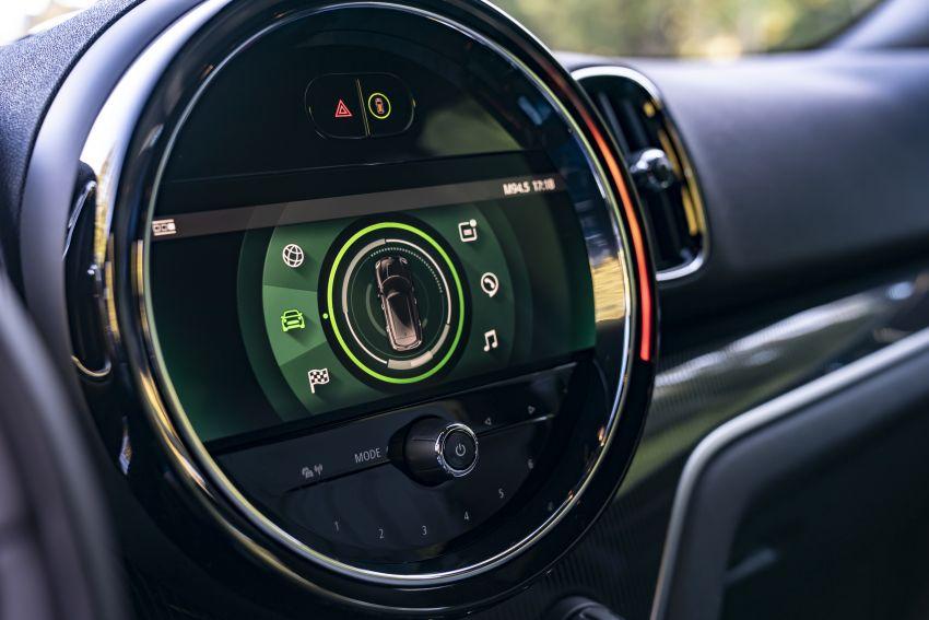 2020 F60 MINI Countryman facelift – cleaner engines, more standard kit, new displays, black exterior trim Image #1122034