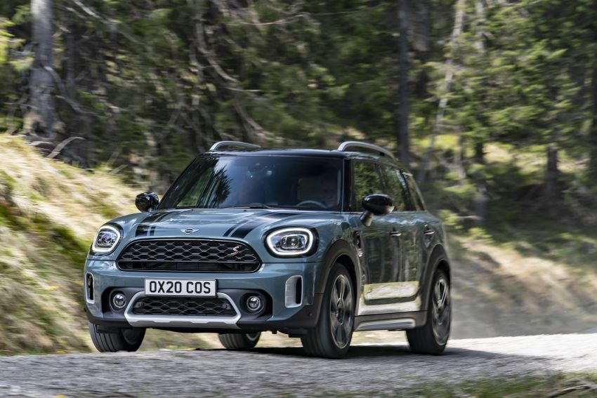 2020 F60 MINI Countryman facelift – cleaner engines, more standard kit, new displays, black exterior trim Image #1122055
