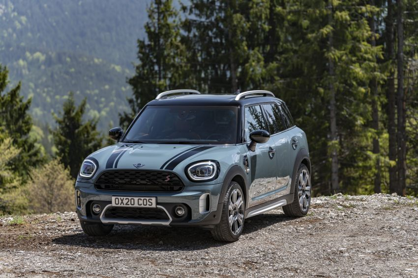 2020 F60 MINI Countryman facelift – cleaner engines, more standard kit, new displays, black exterior trim Image #1122072