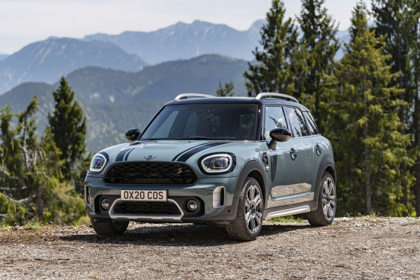2020 F60 MINI Countryman facelift – cleaner engines, more standard kit, new displays, black exterior trim Image #1122073