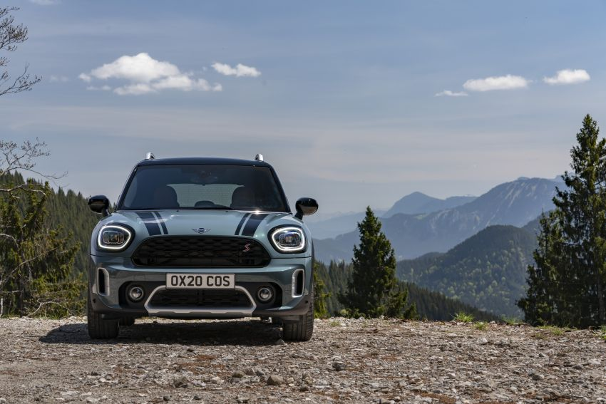 2020 F60 MINI Countryman facelift – cleaner engines, more standard kit, new displays, black exterior trim Image #1122077