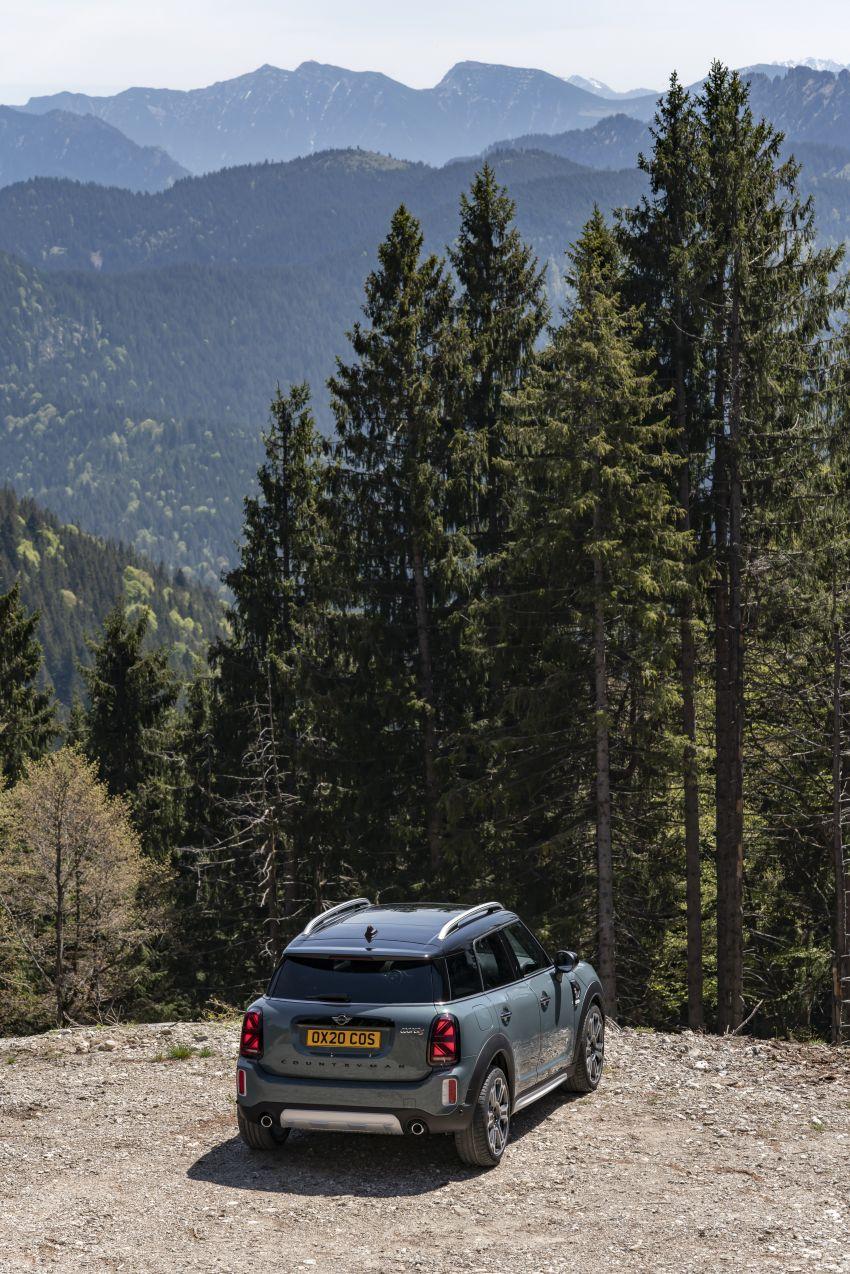 2020 F60 MINI Countryman facelift – cleaner engines, more standard kit, new displays, black exterior trim Image #1122078