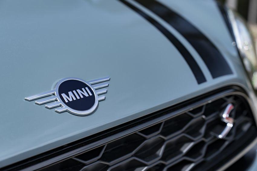 2020 F60 MINI Countryman facelift – cleaner engines, more standard kit, new displays, black exterior trim Image #1122091