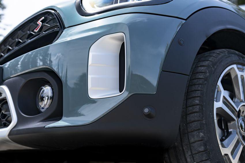 2020 F60 MINI Countryman facelift – cleaner engines, more standard kit, new displays, black exterior trim Image #1122092
