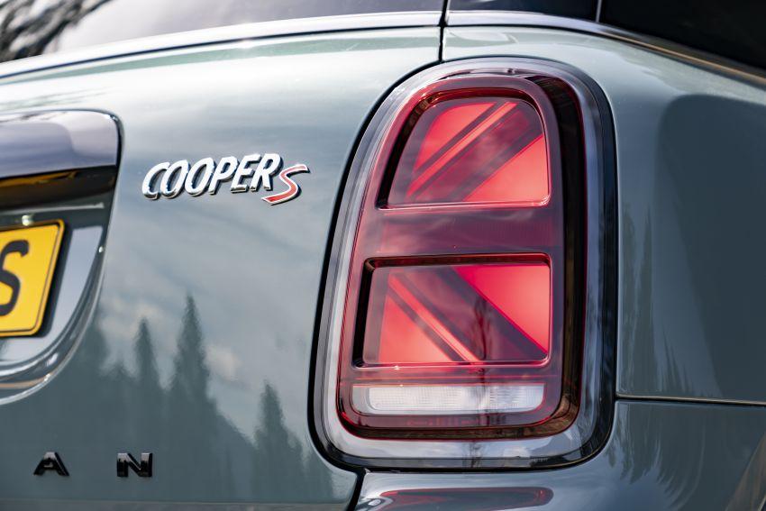 2020 F60 MINI Countryman facelift – cleaner engines, more standard kit, new displays, black exterior trim Image #1122094