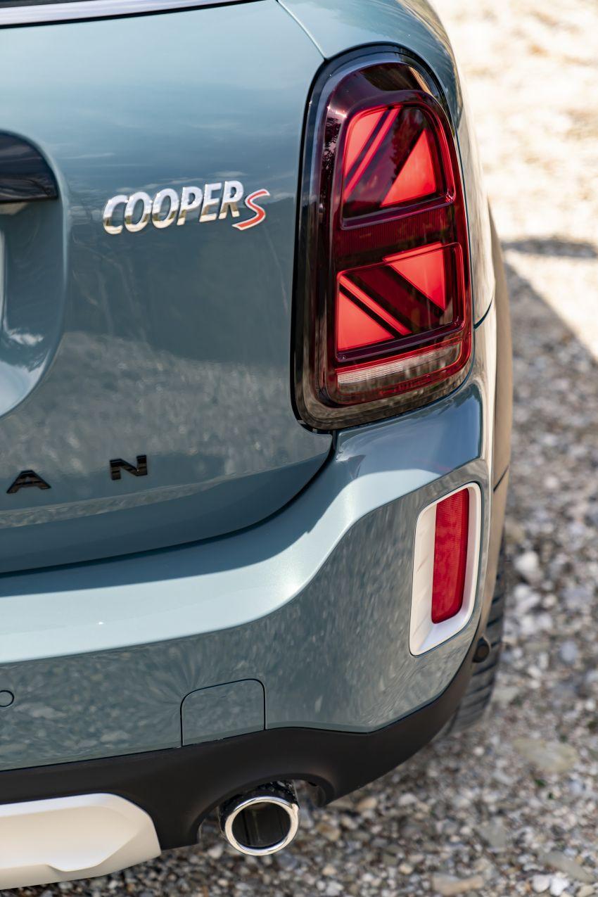 2020 F60 MINI Countryman facelift – cleaner engines, more standard kit, new displays, black exterior trim Image #1122095