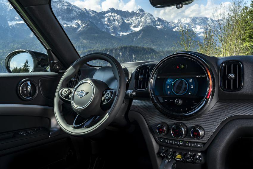 2020 F60 MINI Countryman facelift – cleaner engines, more standard kit, new displays, black exterior trim Image #1122184