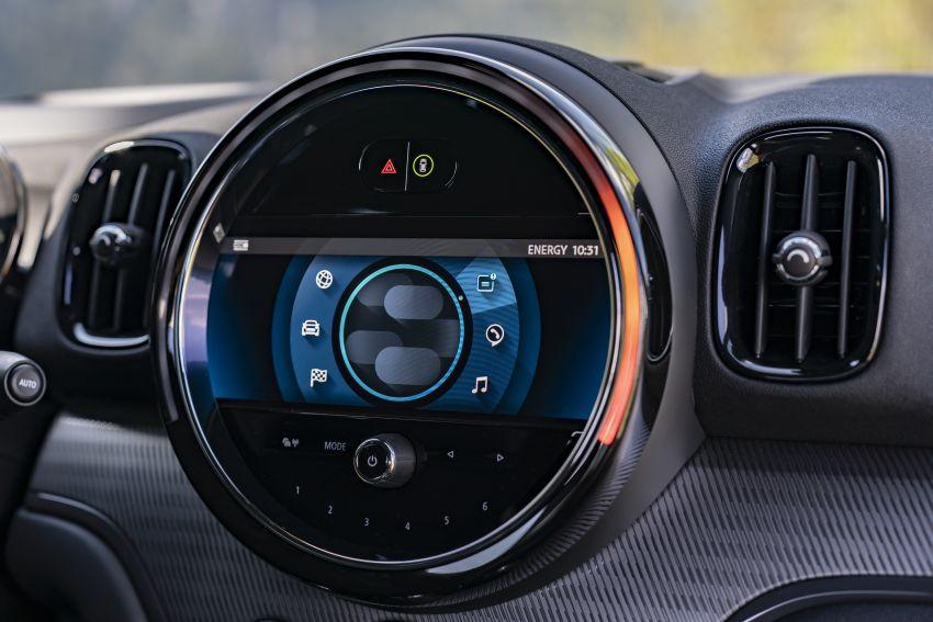 2020 F60 MINI Countryman facelift – cleaner engines, more standard kit, new displays, black exterior trim Image #1122186