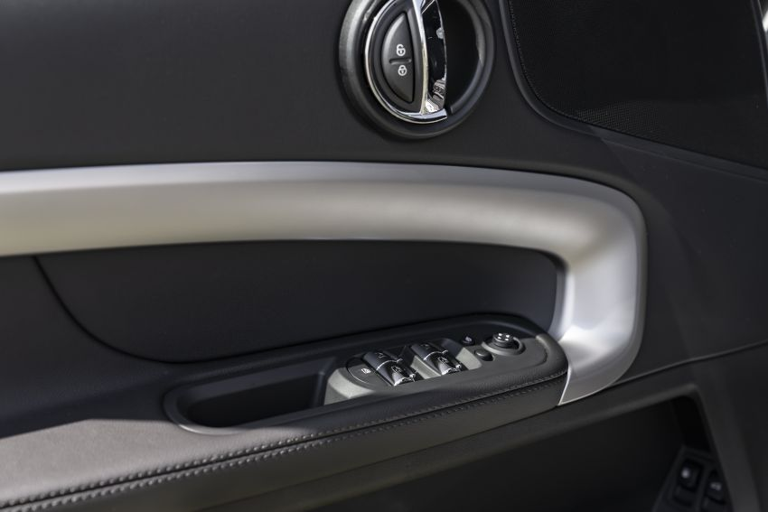 2020 F60 MINI Countryman facelift – cleaner engines, more standard kit, new displays, black exterior trim Image #1122191