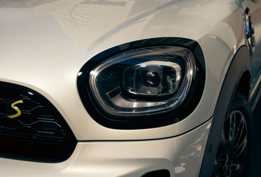 2020 F60 MINI Countryman facelift – cleaner engines, more standard kit, new displays, black exterior trim Image #1122197