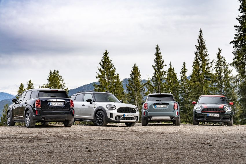 2020 F60 MINI Countryman facelift – cleaner engines, more standard kit, new displays, black exterior trim Image #1122208