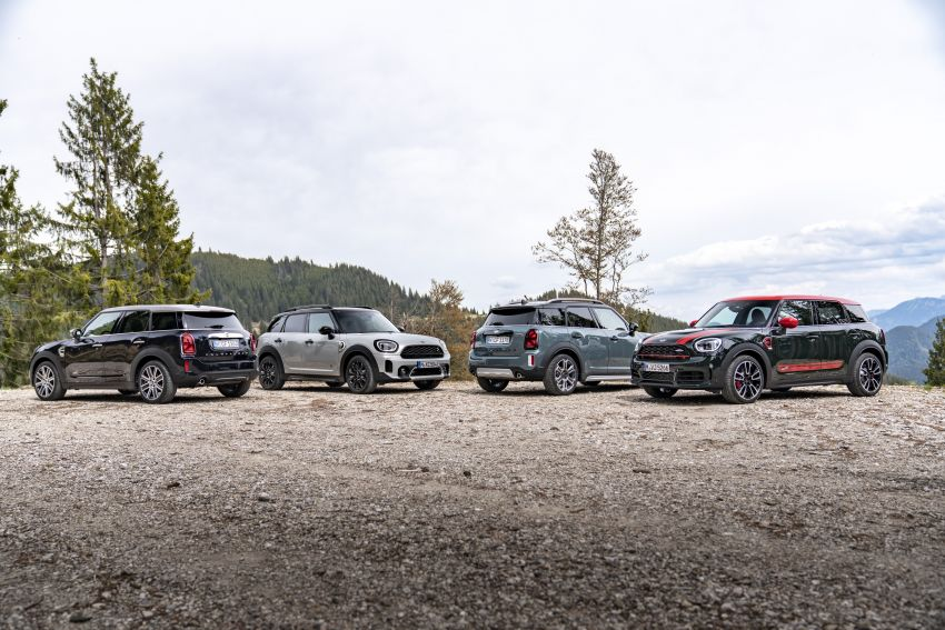 2020 F60 MINI Countryman facelift – cleaner engines, more standard kit, new displays, black exterior trim Image #1122210
