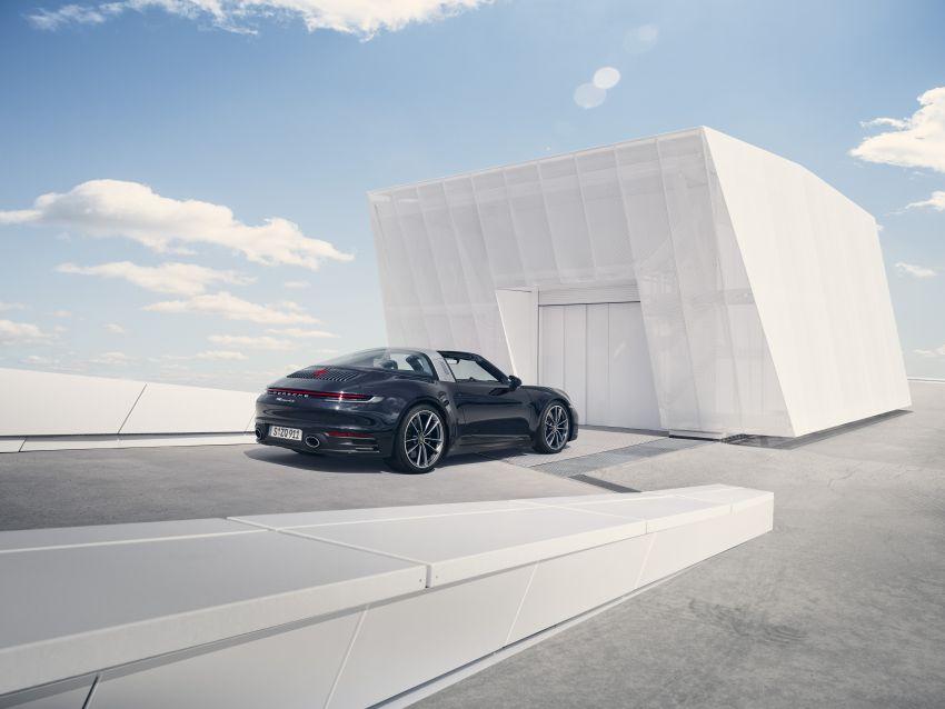992 Porsche 911 Targa: new droptop sports car shown Image #1119020