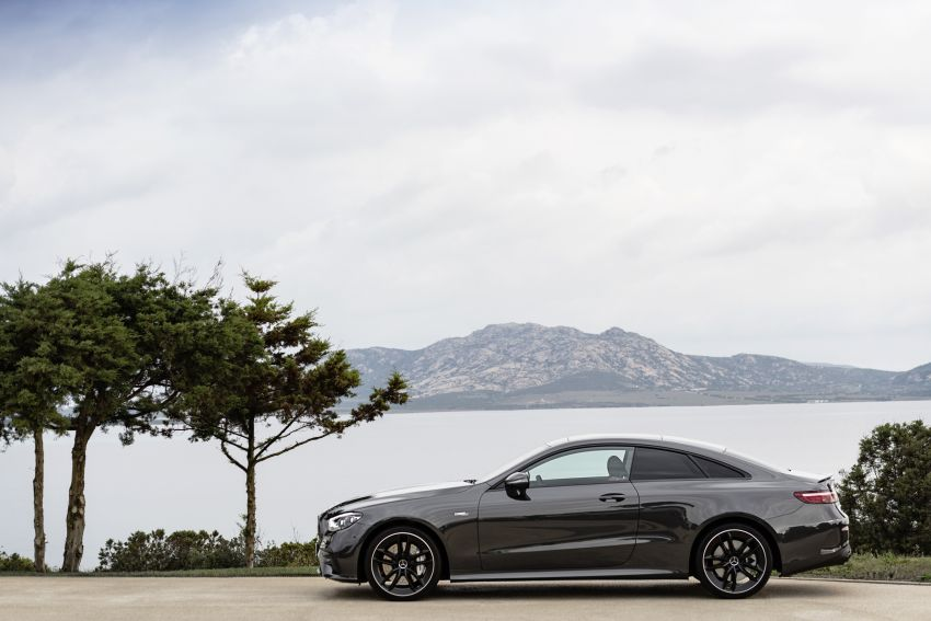 C238 Mercedes-Benz E-Class Coupé, A238 Cabriolet facelift unveiled with new technologies, engines Image #1122366