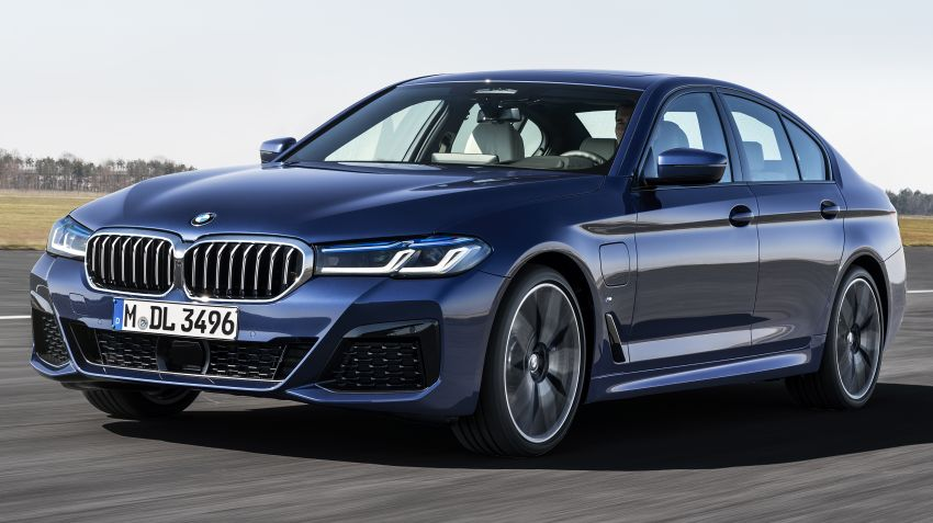 2021 BMW 5 Series facelift revealed – G30 LCI gets new looks, powertrains, 545e xDrive plug-in hybrid Image #1121847