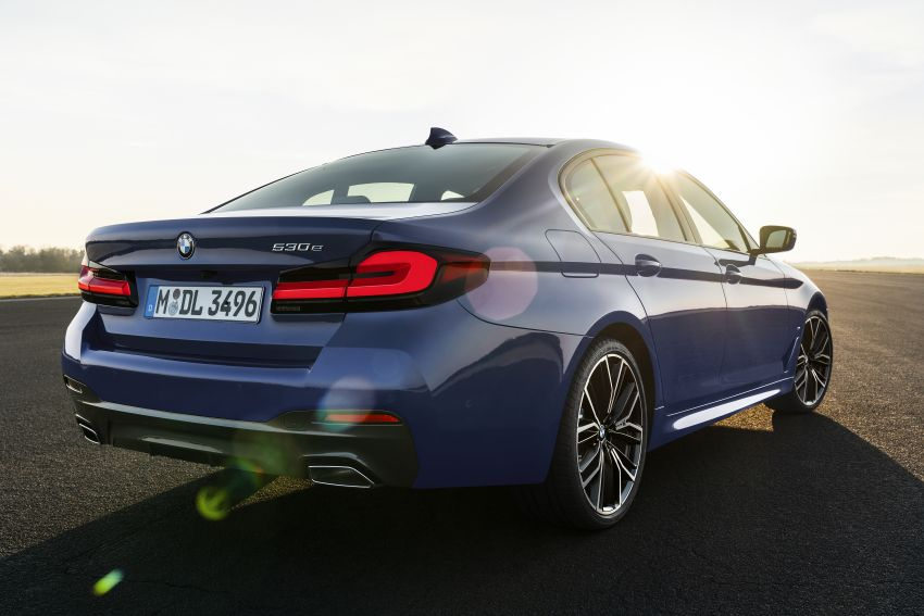 2021 BMW 5 Series facelift revealed – G30 LCI gets new looks, powertrains, 545e xDrive plug-in hybrid Image #1121846
