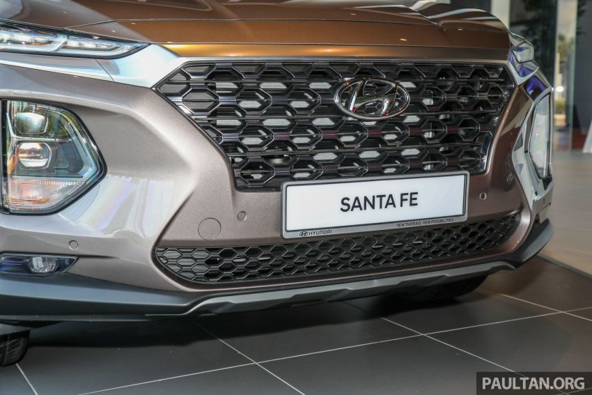 GALLERY: 2020 Hyundai Santa Fe with third-row vents Image #1120042