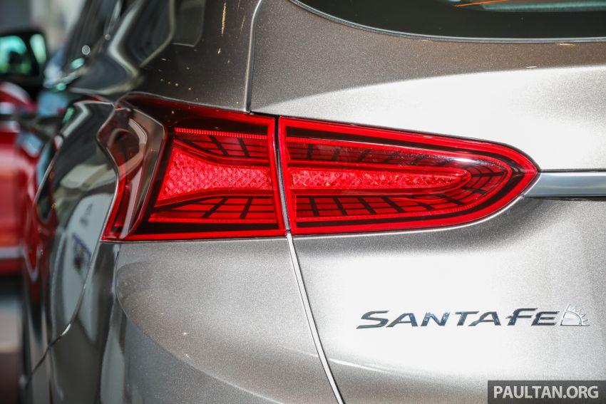 GALLERY: 2020 Hyundai Santa Fe with third-row vents Image #1120054
