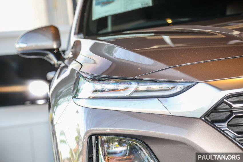 GALLERY: 2020 Hyundai Santa Fe with third-row vents Image #1120037